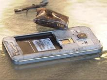 Hot phones: iPhone sales take off amid Samsung's battery woes