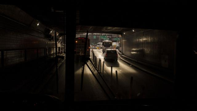 Buses exit the Lincoln Tunnel in Manhattan, Dec. 20, 2017. Tech companies and frustrated passengers are working together to meet the increasing demands of commuting to the city. (Bryan Anselm/The New York Times)