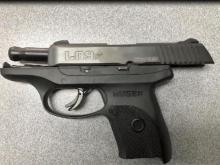 Teacher's aide brings loaded gun to NY school