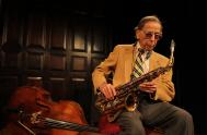 IMAGES: Les Lieber, Who Served Jazz to the Lunch Crowd, Dies at 106