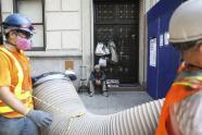 IMAGE: Vendor Stays as Subway Skips His Stop