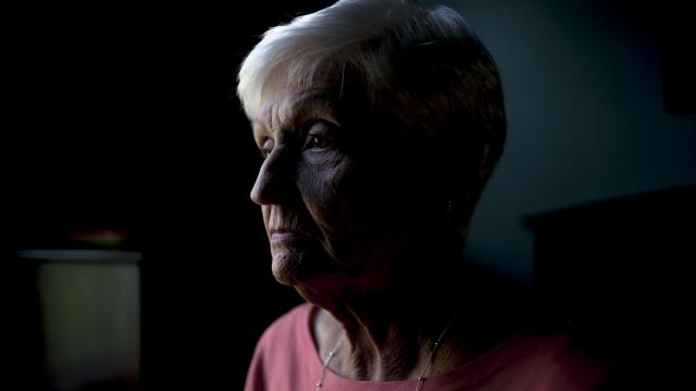 Vicki Staehr, an Alzheimer's patient chosen for for an experimentnal drug trial through Eli Lilly Pharmaceuticals, at her home in Orlando, Fla., April 9, 2018. The Global Alzheimer's Platform Foundation, which is helping recruit participants for the Lilly trial, estimates that to begin finding participants, it will have to inform 15,000 to 18,000 people in the right age groups about the effort. Of these, nearly 2,000 must pass the initial screening to be selected for further tests to see if they qualify. (Zack Wittman/The New York Times)