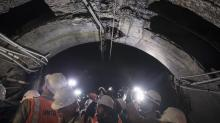 IMAGES: With a Hollywood Touch, Cuomo Tries to Push Trump on Rail Tunnel
