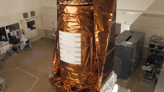 In an undated handout photo, the Kepler telescope is is prepared for launch in Boulder, Colo. After nine-and-a-half years in orbit, 530,506 stars observed and 2,662 planets around other stars discovered, the Kepler telescope will be left to drift forever around the sun. (NASA/JPL-Caltech/Ball Aerospace via The New York Times) -- NO SALES; FOR EDITORIAL USE ONLY WITH NYT STORY NASA KEPLER TELESCOPE BY DENNIS OVERBYE FOR OCT. 31, 2018. ALL OTHER USE PROHIBITED. --