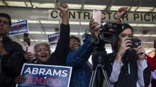 IMAGES: Midterm Elections 2018: Closing Arguments in Pennsylvania, Georgia and Across the U.S.