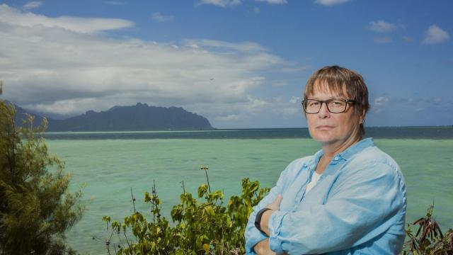 FILE -- Ruth Gates, director of the Hawai'i Institute of Marine Biology, on Coconut Island off Oahu, Aug. 5, 2017. Gates, a renowned marine biologist who made it her life's work to save the world's fragile coral reefs from the deadening effects of warming water temperatures, died on Oct. 25, 2018, in Kailua, Hawaii. She was 56. (Logan Mock-Bunting/The New York Times)