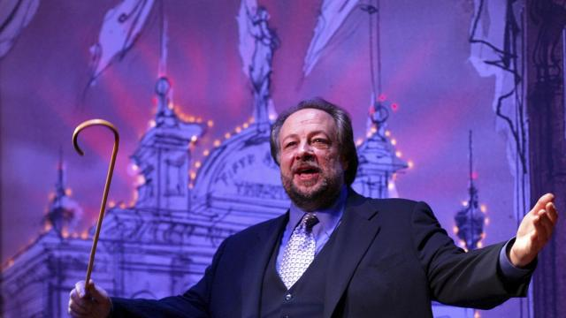 """FILE — Ricky Jay performs in the play """"Ricky Jay: On the Stem"""" at the Second Stage Theater in New York, April 29, 2002. Jay, a revered sleight-of-hand magician and actor whoshined a light on centuries of illusionists andconsulted with Hollywood to make the impossible seem real, died Nov. 24, 2018, at his home in Los Angeles.He was 72. (Sara Krulwich/The New York Times)"""