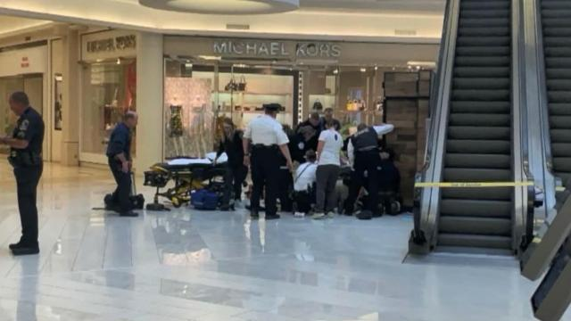 Child thrown from Mall of America balcony
