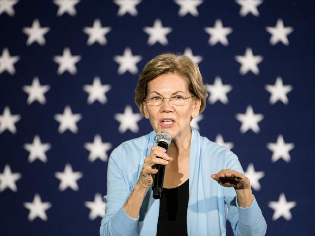 Sen. Elizabeth Warren (D-Mass.), a Democratic presidential candidate, during a town hall-style campaign event at the College of Charleston in Charleston, S.C., Dec. 8, 2019. (Sean Rayford/The New York Times)