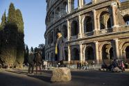 IMAGES: For Rome's Taxi Drivers, Lessons in Courtesy and Cultural Savvy