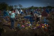 IMAGES: As Nicaragua Death Toll Grows, Support for Ortega Slips