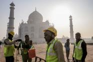 IMAGE: Green Slime on the Taj Mahal? Clean Faster, Preservationists Are Urged