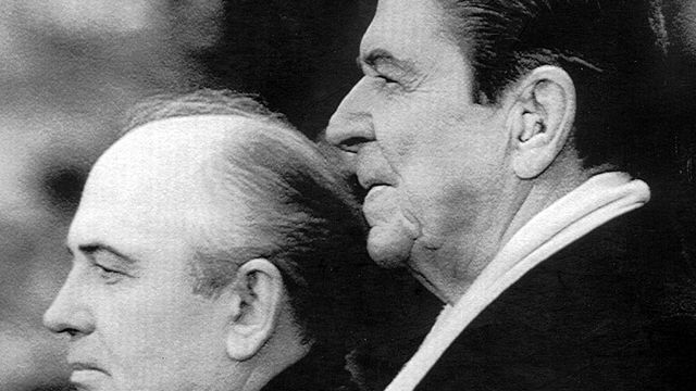 FILE — The Soviet leader Mikhail Gorbachev and President Ronald Reagan in 1987, the year they signed the Intermediate-Range Nuclear Forces Treaty. Alarmed at what they see as disintegrating curbs on nuclear weapons, a bipartisan array of American nonproliferation experts have urged President Donald Trump to salvage the treaty, which he has vowed to scrap. (Jose R. Lopez/The New York Times)