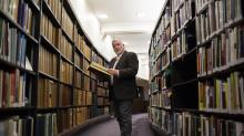 IMAGES: From Encyclopedic Collector to 'Wikipedian-at-Large'