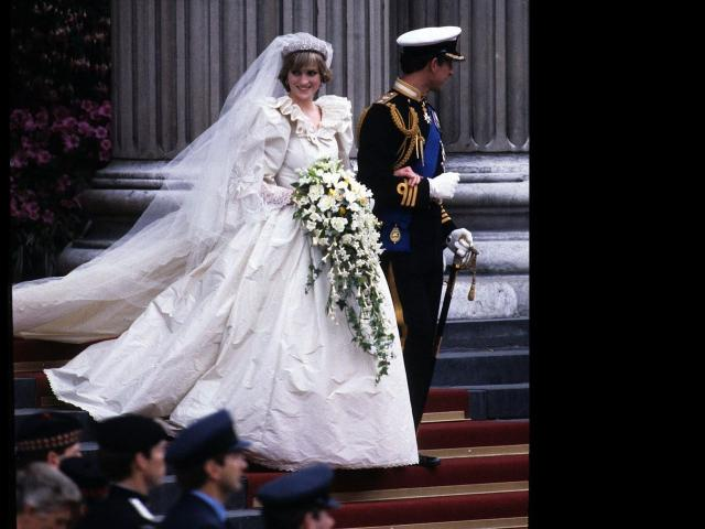 Celebrities and fans honor Princess Diana more than two decades after her death