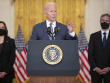 Biden Stands By Airlift Operations, Decision to Leave Afghanistan