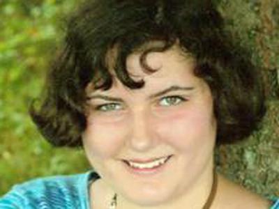 Debra Lynn Groves