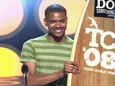 Durham's Chad Bullock was the Do Something Teen Choice Award winner.