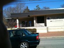 Raleigh police investigate a robbery at the State Employees' Credit Union, 2802 Hillsborough St., on Feb. 16, 2010. (Photo by Jimmy Goodmon)