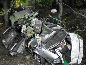 Two Durham men were killed in a one-car wreck on northbound I-95 in central Virginia on July 29, 2010. (Photo courtesy of Ashland Volunteer Fire Department)