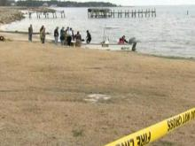 Raleigh pilot's body found in wreckage in Croatan Sound