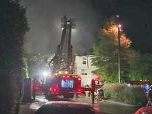 Fire did heavy damage to several units of a Raleigh apartment complex early Saturday morning, but no injuries were reported, police said.