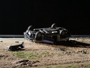 Authorities closed the southbound lanes of Interstate 95 in Smithfield early Wednesday due to a wreck that sent multiple people to the hospital.