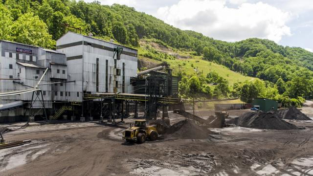 The Trump administration has halted a study of the health effects of a common mining technique in Appalachia, which is believed to deposit waste containing toxic minerals in ground waters.
