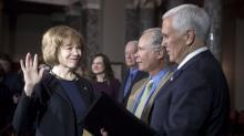 IMAGES: Two Democrats Sworn in to Senate, Cutting GOP Margin to One