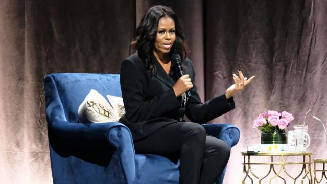 Obama makes surprise stop at Michelle's book tour, jokes about Jay-Z and Beyoncé