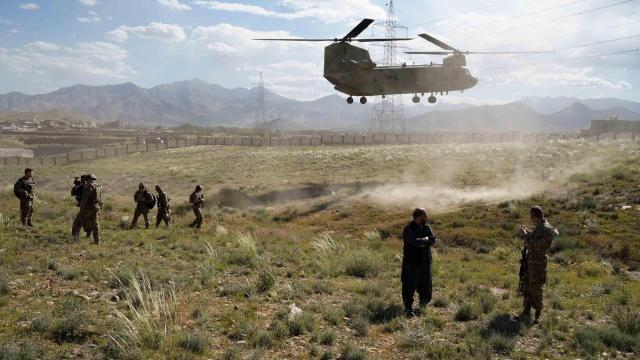 US identifies soldiers killed in Afghanistan helicopter crash