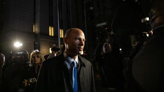 Michael Avenatti jailed without bond after allegedly violating his pretrial release terms