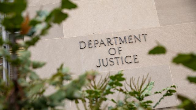 Nearly 2,000 ex-Justice Department employees sign letter criticizing Barr for moving to drop Flynn charges