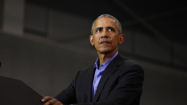 Obama criticizes leadership on coronavirus response, gives three pieces of advice in virtual commencement addresses