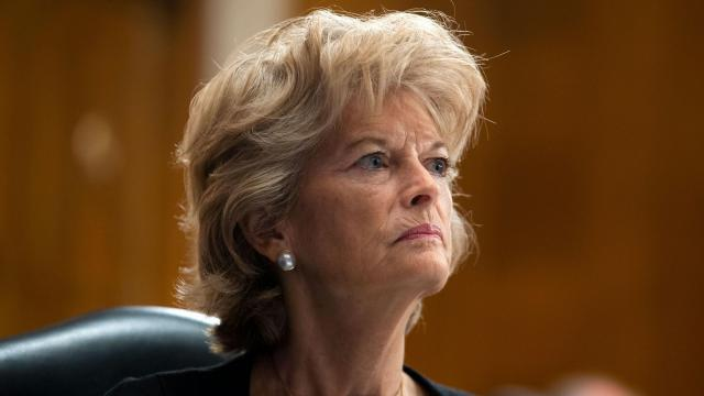 Murkowski becomes first GOP senator to call on Trump to resign