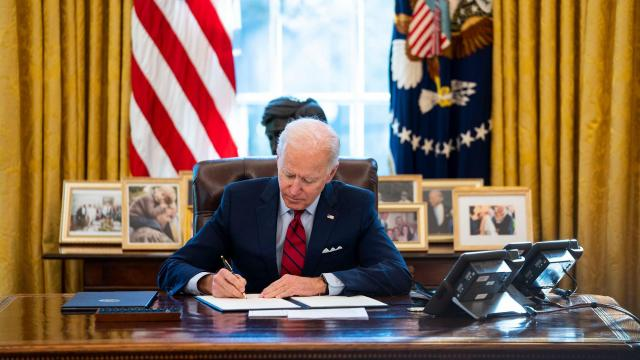Biden moves to unwind Trump's Medicaid work requirements