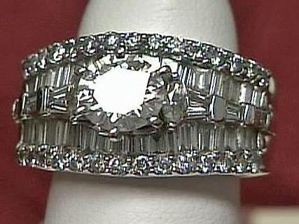 This diamond ring, valued at $10,100, is up for auction.