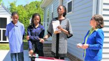 IMAGES: Perfect setting, perfect day for mother of 2 teens