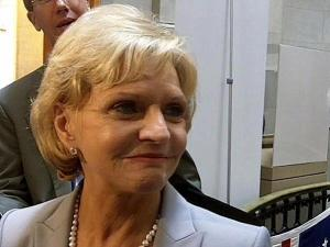 Gov. Bev Perdue talks vetoes, Manning, and redistricting, June 23, 2011.