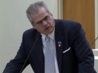 House panel helmet law debate