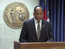 House Dem leader discusses gun bill, veto overrides