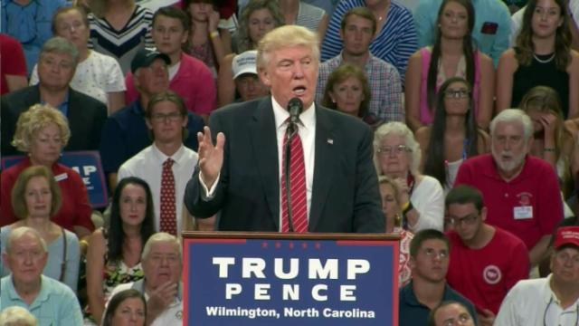Trump makes controversial comment on Clinton, 2nd Amendment