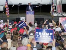 Trump rallies voters in Kinston