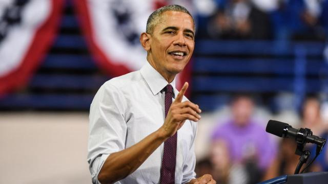 President Barack Obama campaigned for Hillary Clinton at a Nov. 4, 2016, rally at Fayetteville State University. (Photo by Suzie Wolf)