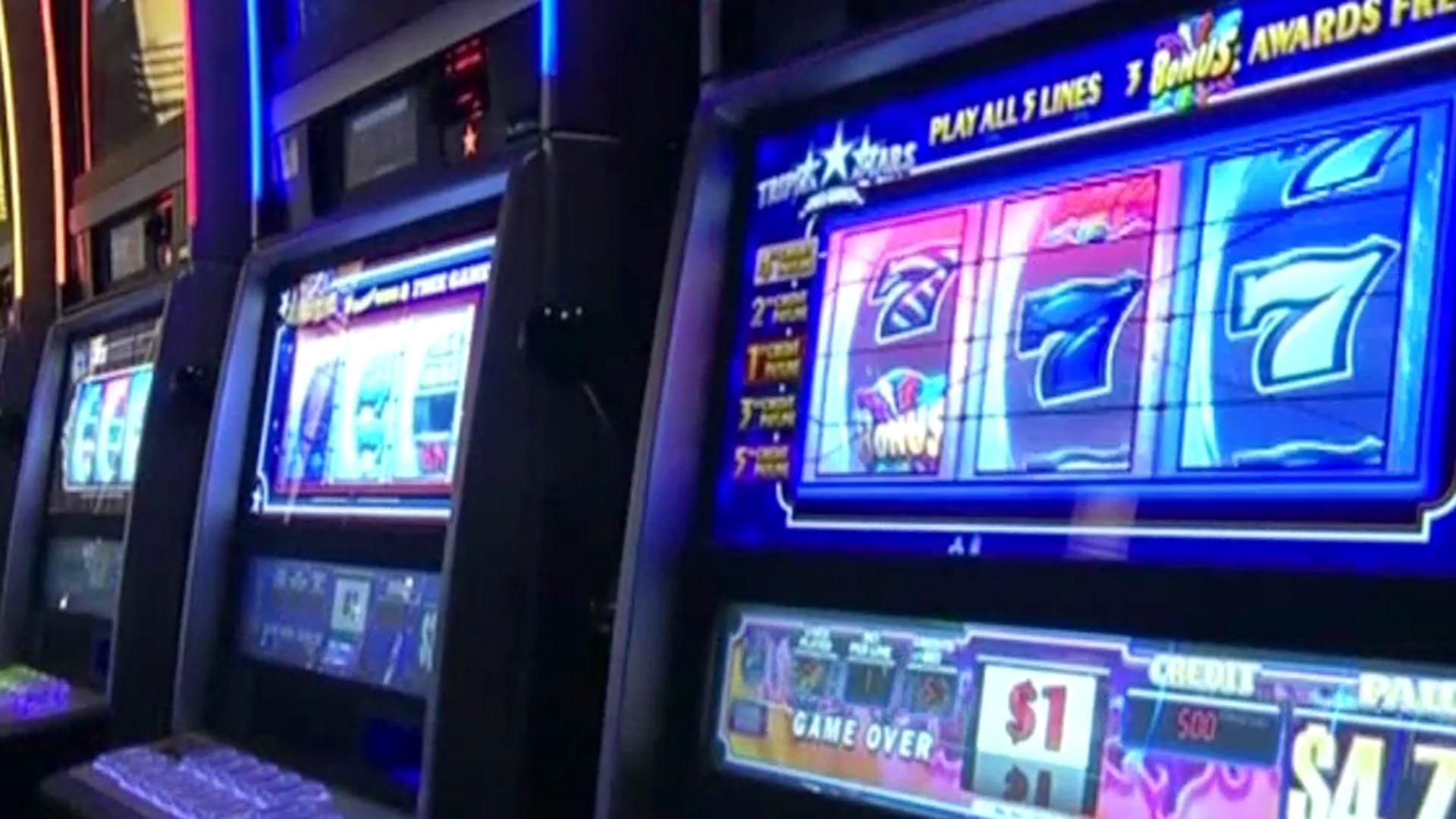 Slot machine i can see your voice game