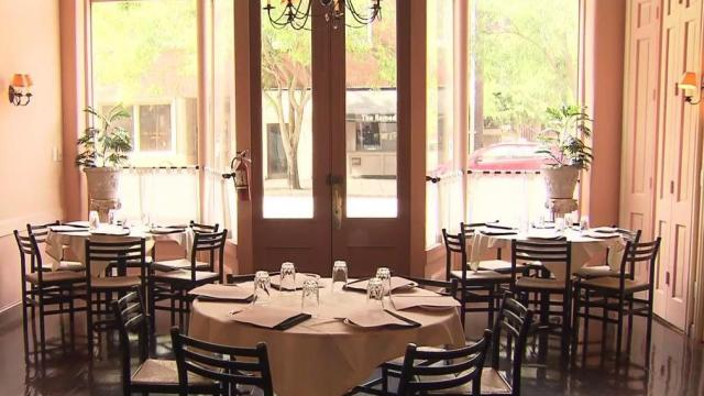 Push continues to reopen restaurants, salons, churches