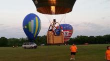 IMAGES:  Veterans gets special hot air balloon rides
