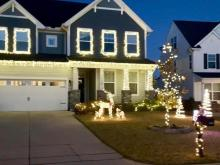 1408 Padstone Dr - Apex - Christmas Lights