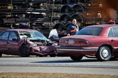 A collision near the Smithfield exit closed southbound lanes of I-95 at midday Thursday. (Photo by John Payne)