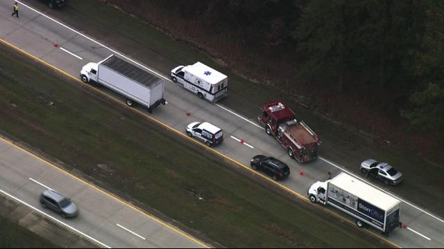 Crash closes I-40 EB in Johnston County near Benson